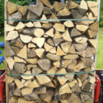 Livraison bois de chauffage_c2bois-baud-morbihan